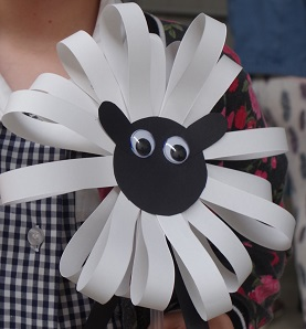 paper sheep puppet